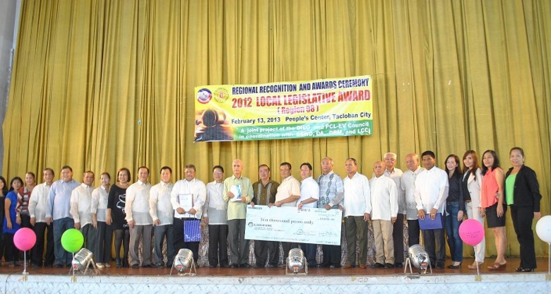 Calbayog City LCEs receive award for Best Sanggunian for city category